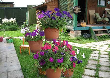 Уличный горшок для цветов